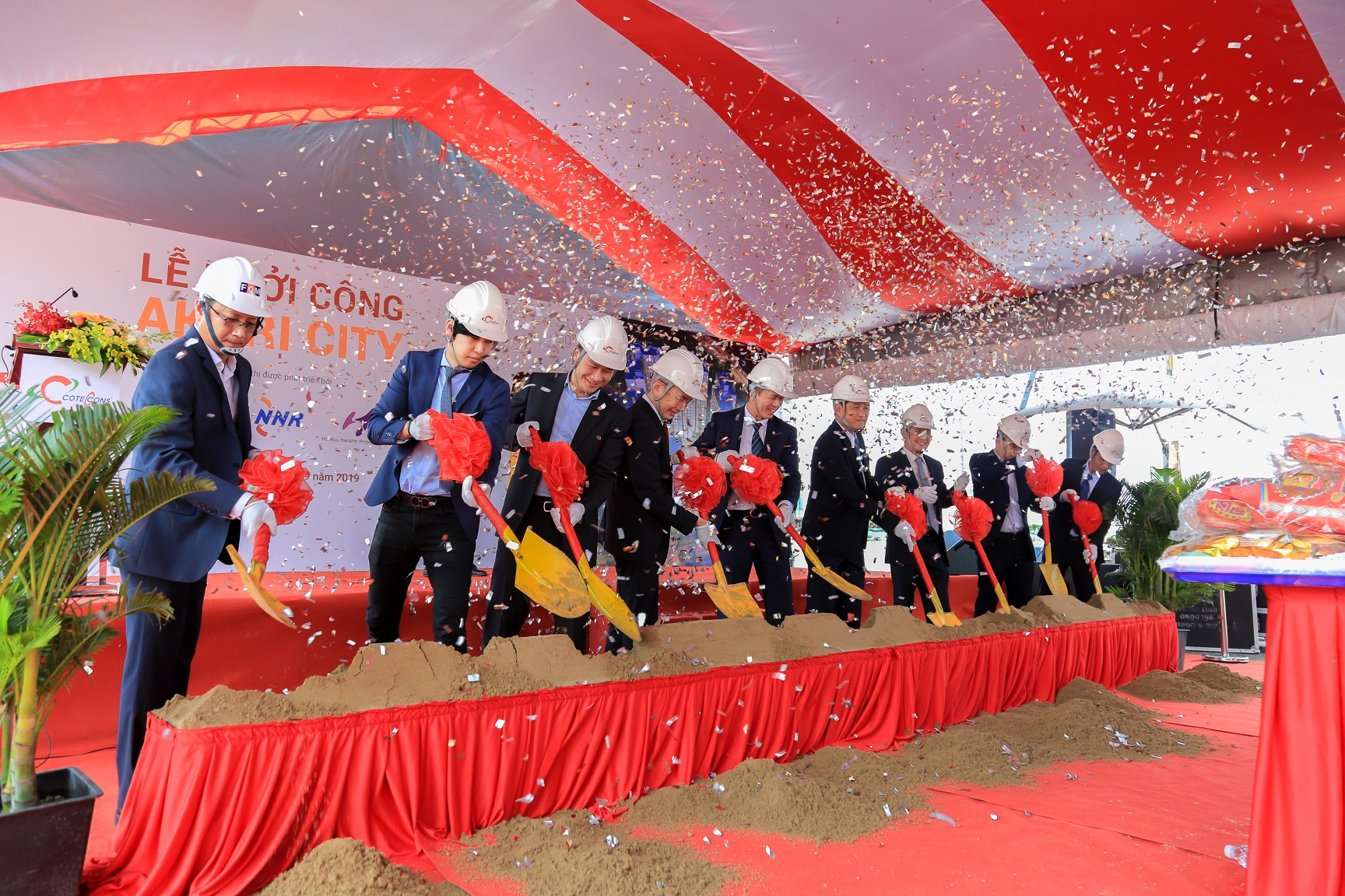Coteccons and Nam Long Group celebrates the groundbreaking ceremony of Akari City Project in Binh Tan District